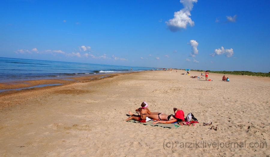 Платный пляж в Витязево