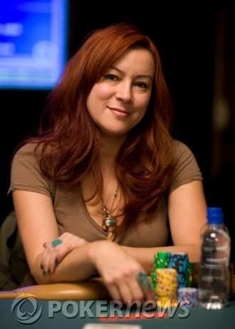 кафельников играет в покер