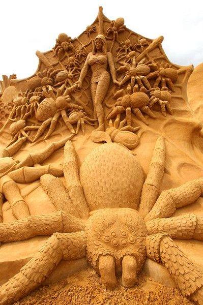 скульптуры из песка