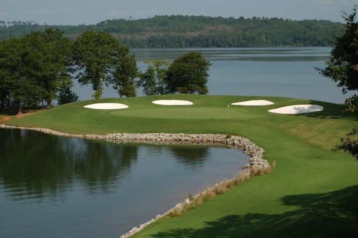 Самые удивительные поля для гольфа