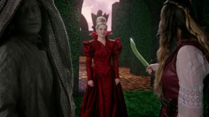 Once_Upon_a_Time_in_Wonderland_S01E05_0276