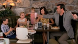 mad+men+Tomorrowland+Season+4+Episode+13