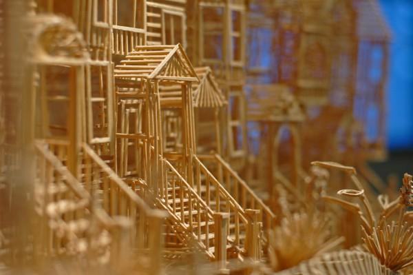 Toothpick-sculpture-4