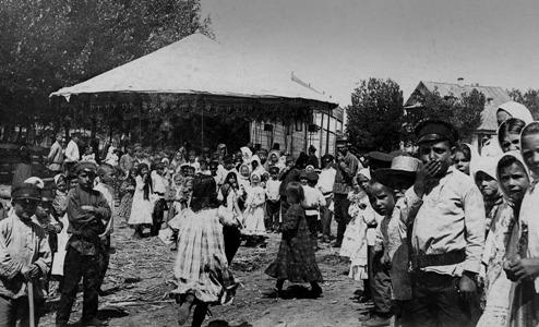 Карусель на Форпосте. 1910 г.