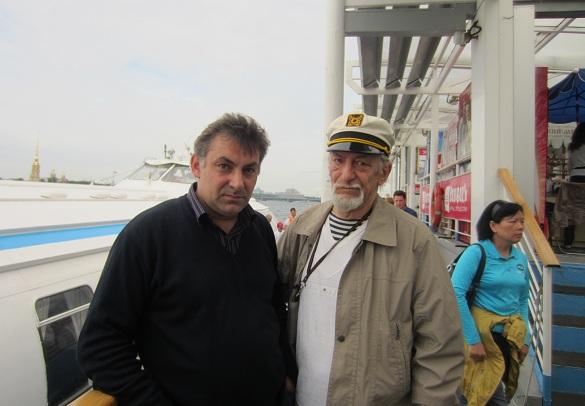 С сыном Виктором Чекмаревым-младшим