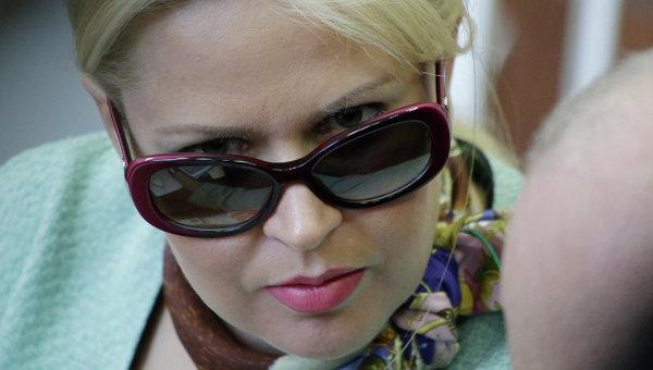 Евгения Васильева начала читать рэп и сняла клип