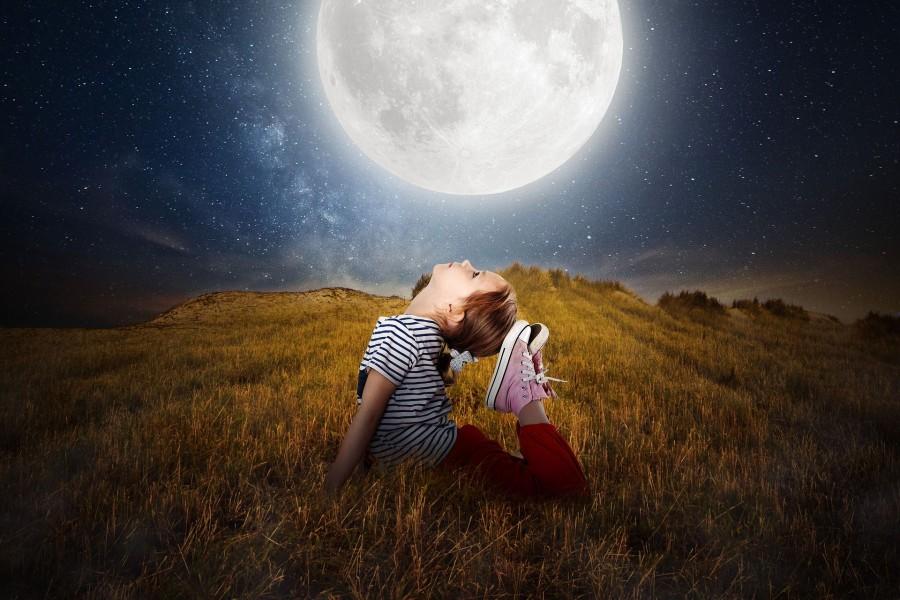 moon-2270386_1920