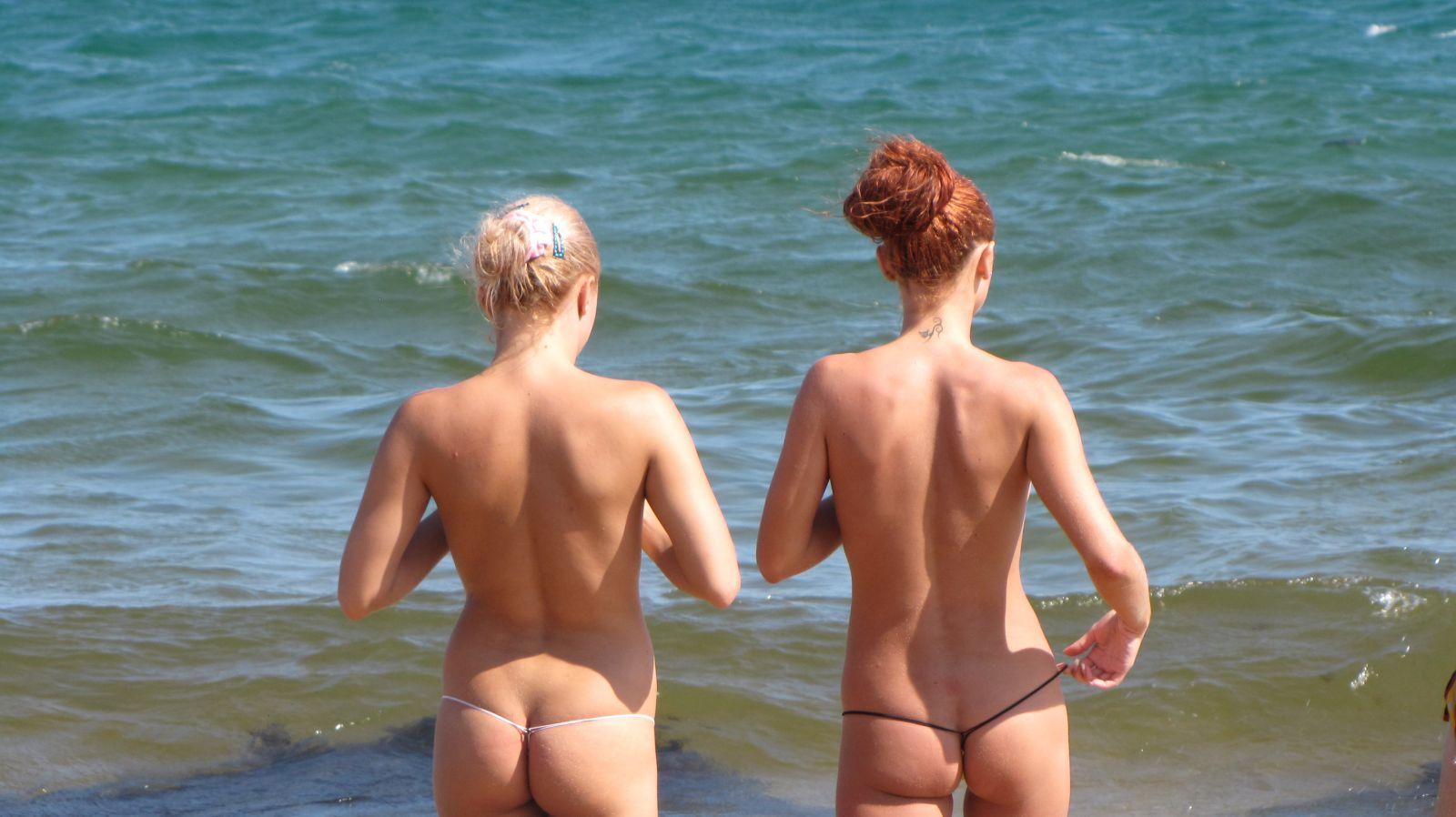 nudistskie-pliazhi-krima