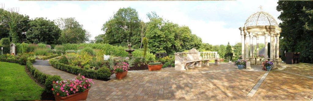 Emmas-Garden_Panorama1