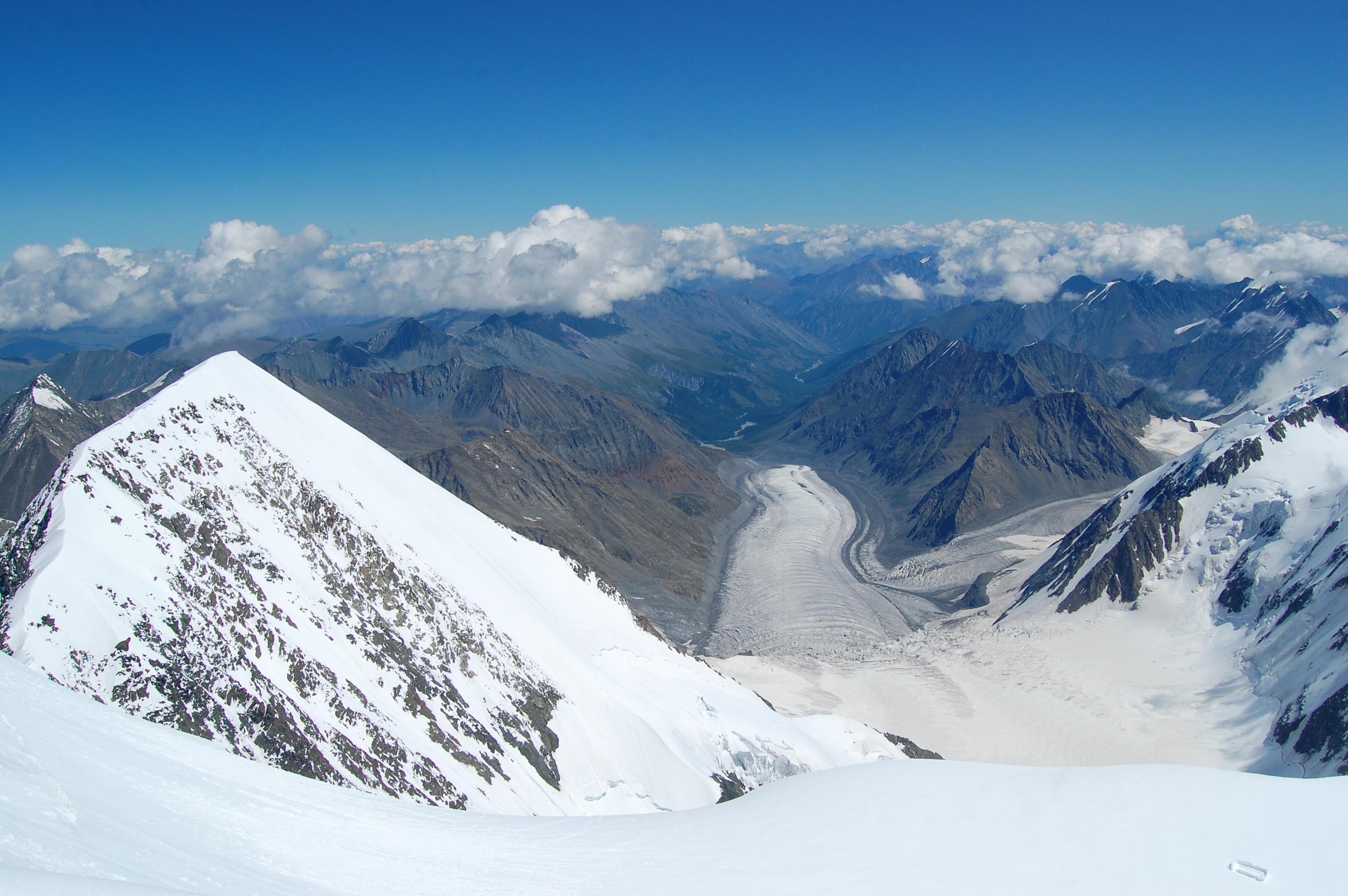 ледник Менсу и долтна едыгем