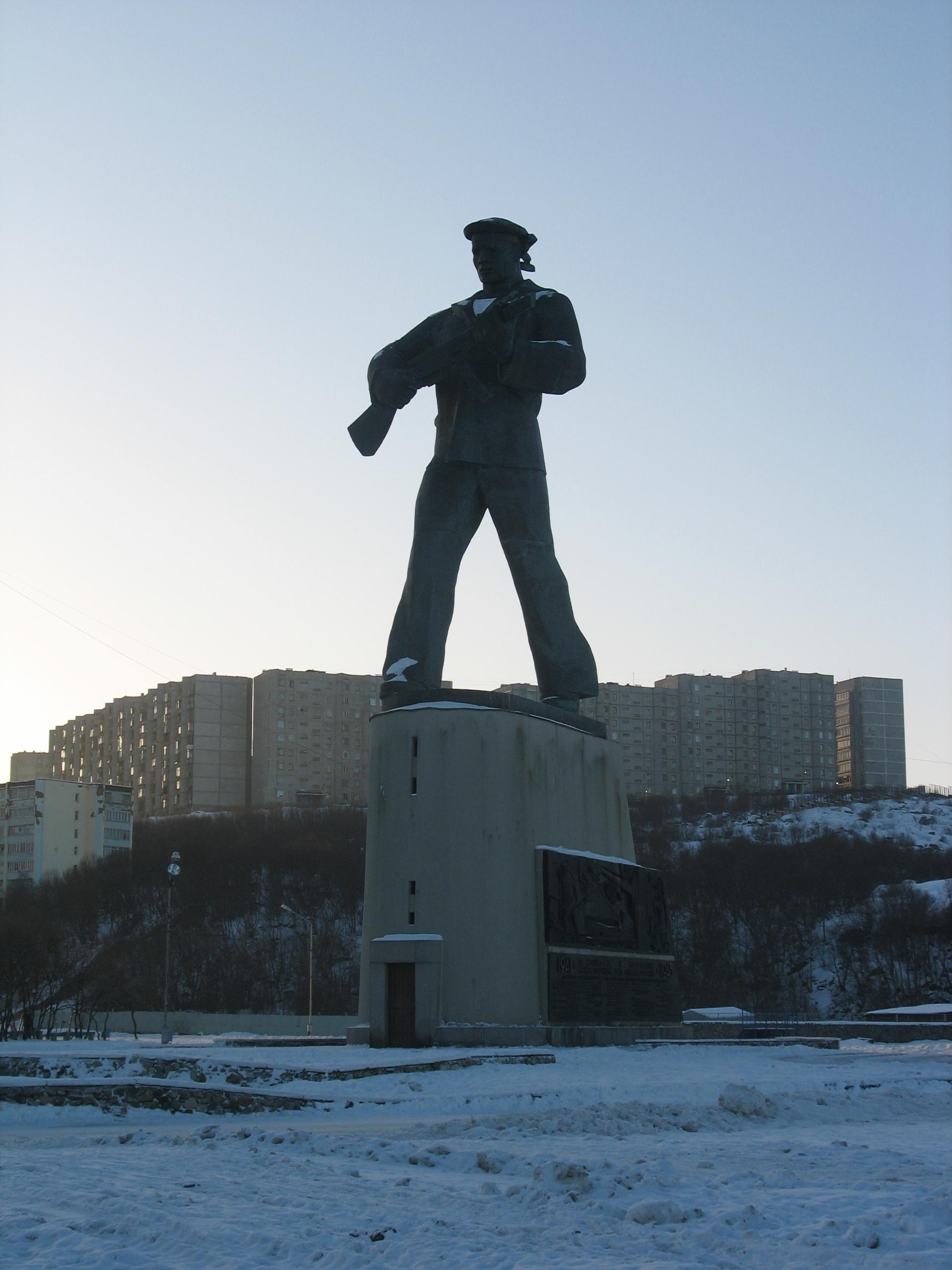 Памятник_героям-североморцам (1)