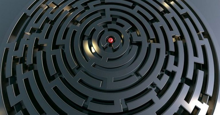 labyrinth-768x402