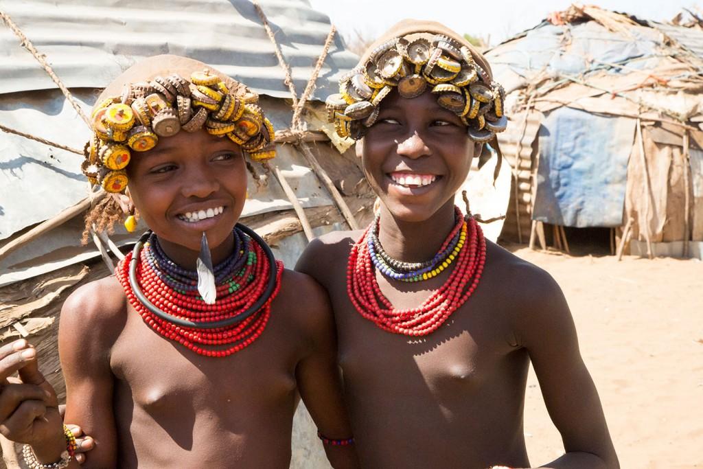 Ethiopia-Tribes-Desanech-boys-1024x683