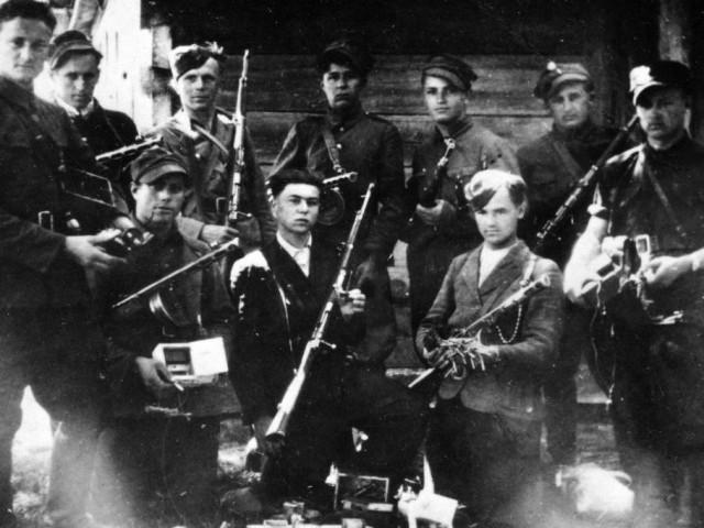 armiya-krajova-protiv-oun-upa-polsko-ukrainskaya-rasprya-uglublyaetsya