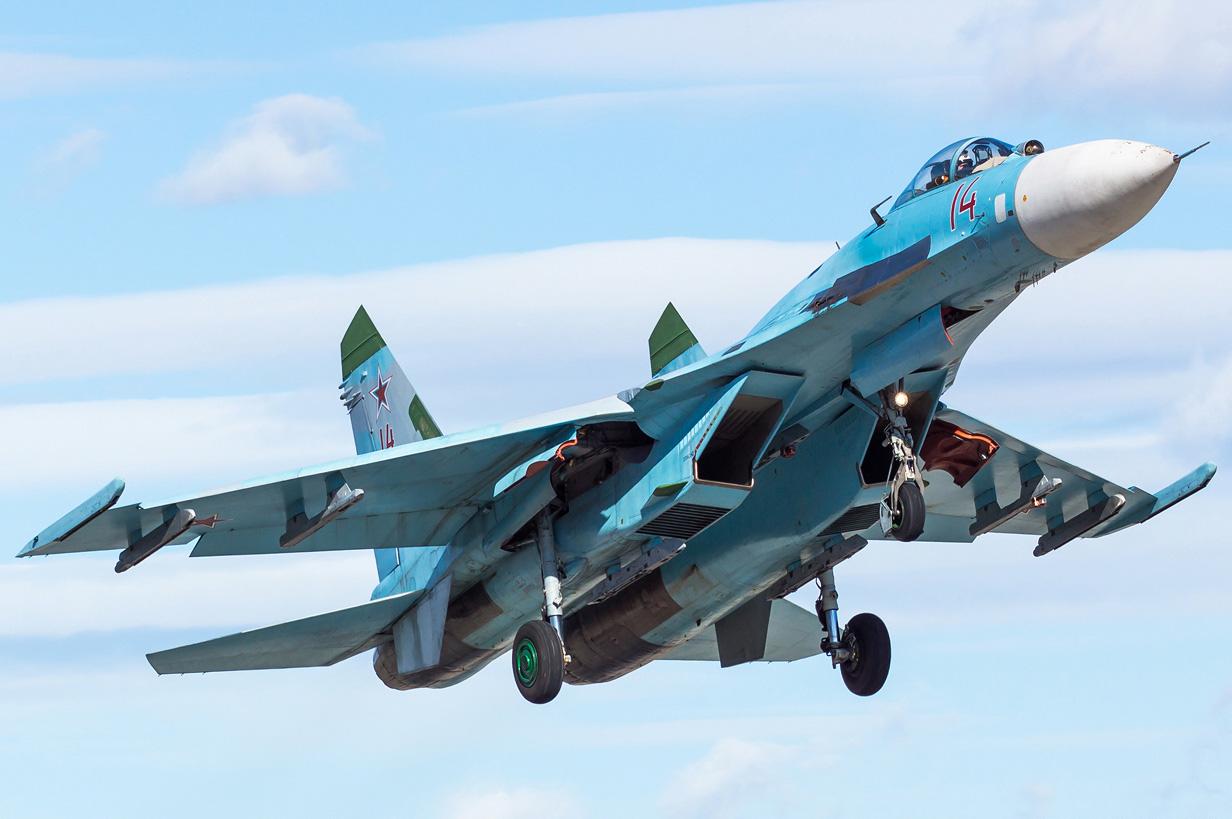 Su-27P_3