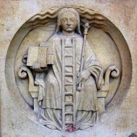 Алегорична фігура алхімії. Собор Паризької Богоматері