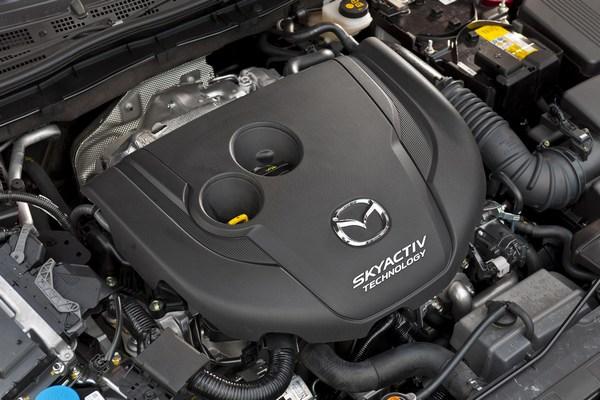Mazda6_двигатель.jpg