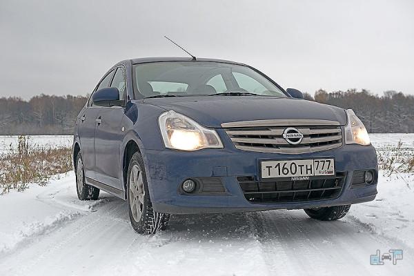1-Nissan-Almera.jpg