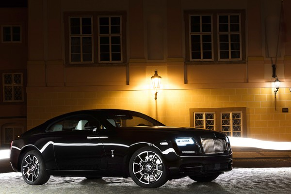 13-Rolls-Royce-Wraith-Black-Badge.jpg