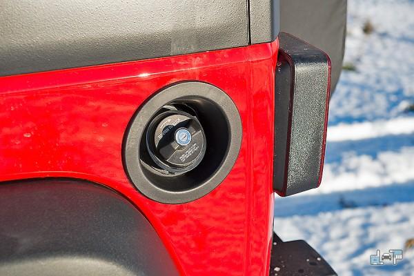 9-jeep-wrangler.jpg