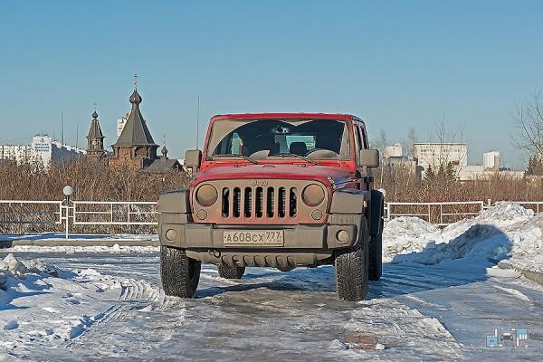12-jeep-wrangler.jpg