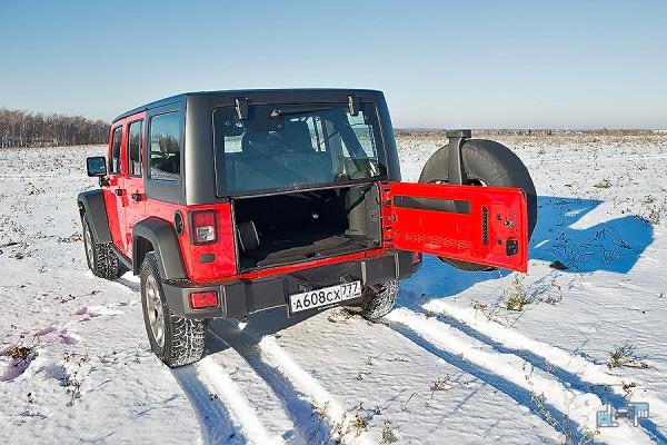 15-jeep-wrangler.jpg