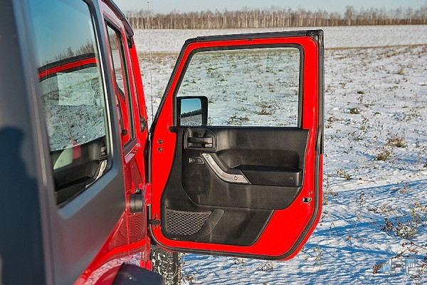 18-jeep-wrangler.jpg