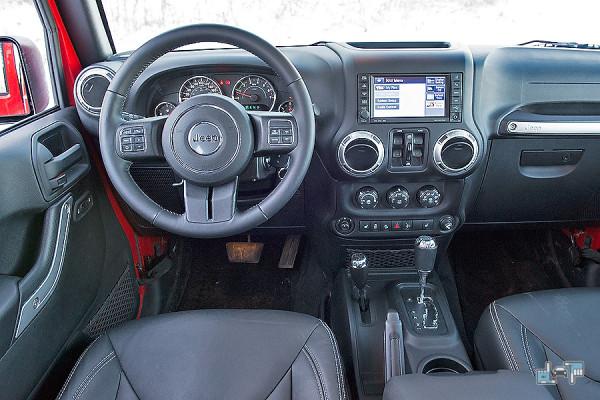 24-jeep-wrangler.jpg