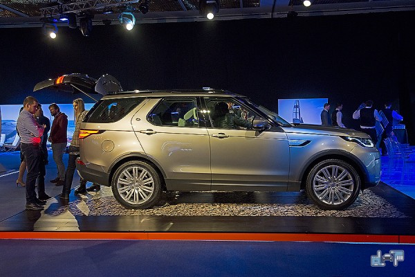 4-land-rover-discovery.jpg