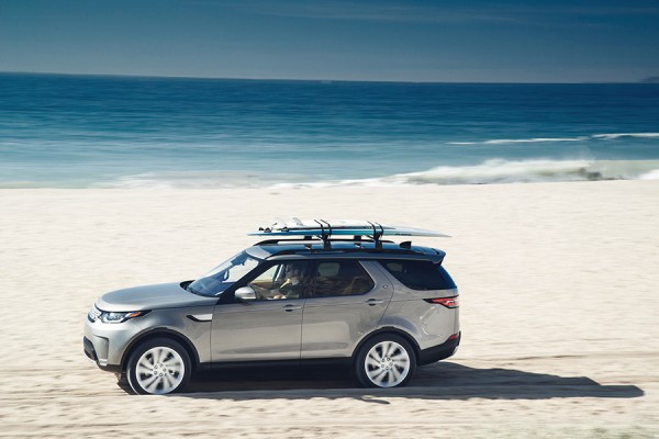 12-land-rover-discovery.jpg