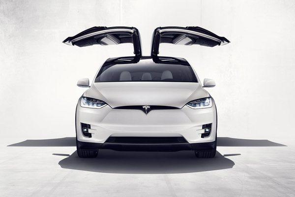 7-Tesla-Model-X.jpg