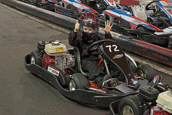 10-mazda-karting.jpg