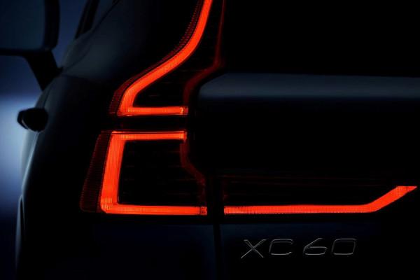 6-volvo-xc60-new-safety.jpg