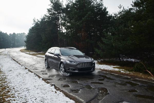 1-ford-potholes.jpg