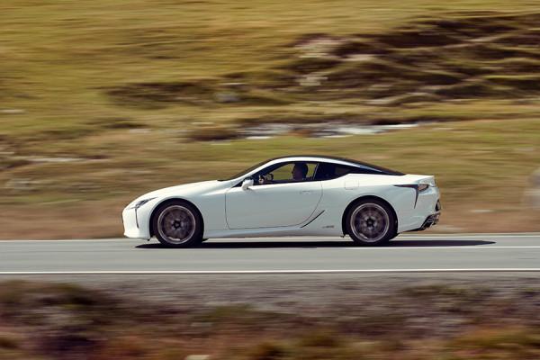 Lexus_LC500_14.jpg