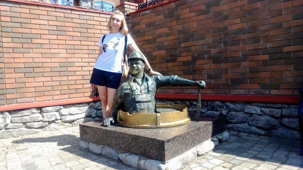 Памятник водопроводчику. Рыбинск