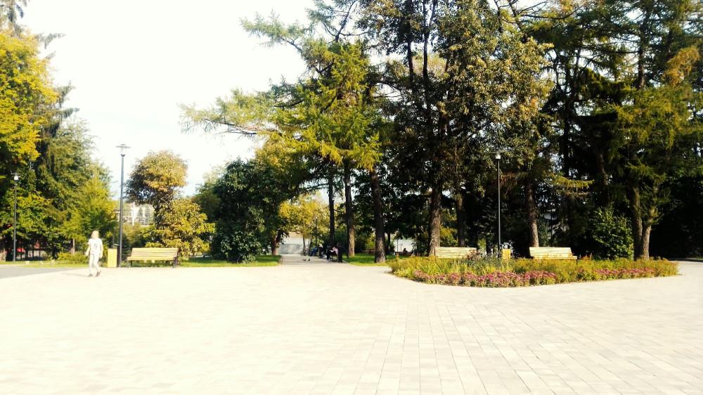 Площадь сквера