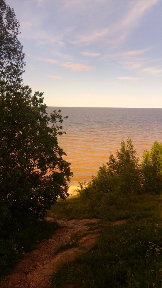 Вид с трассы на озеро Ильмень