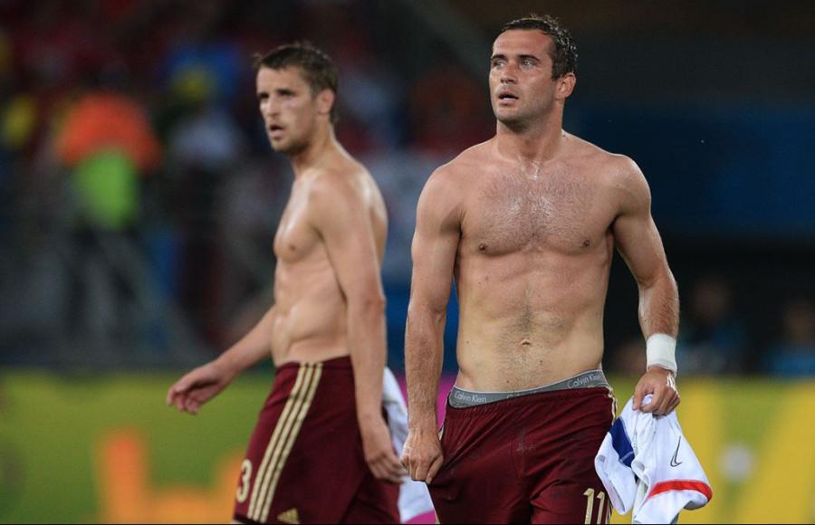Фото футболистов голых