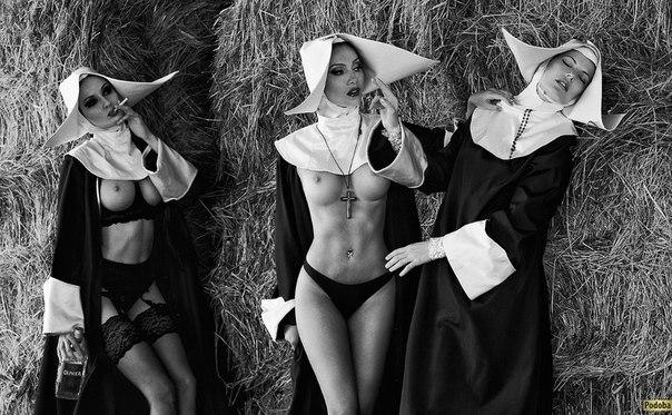 фото эротические монашек