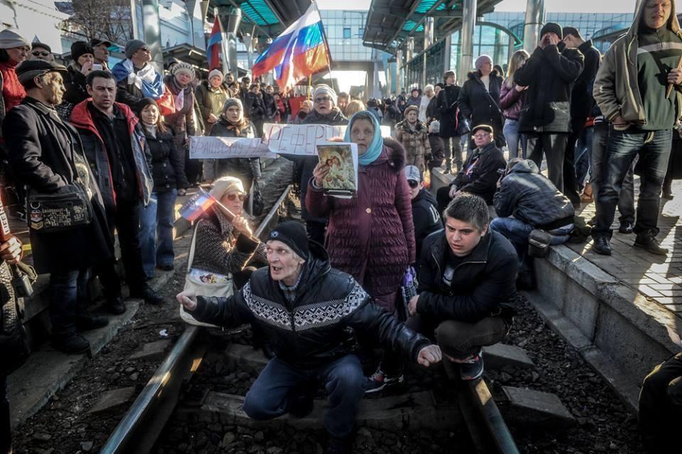 Ромпей: РФ не использует свое влияние на террористов - поток оружия и боевиков не останавливается - Цензор.НЕТ 4590