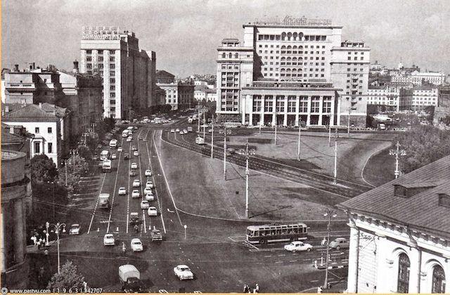 манежная-1970