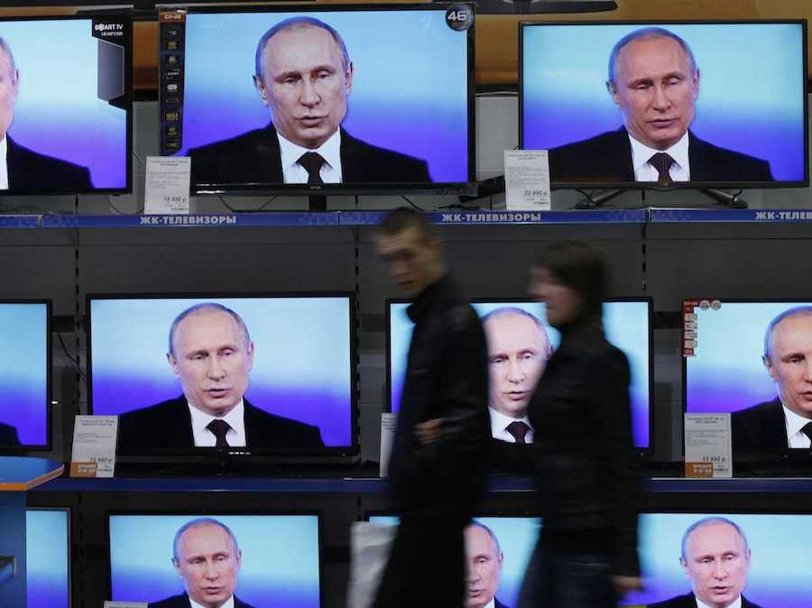 how-the-us-and-europe-can-fight-back-against-putins-information-war