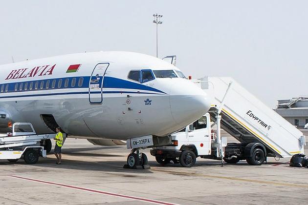 belavia_aircraft_in_sharm_el_sheikh_airport