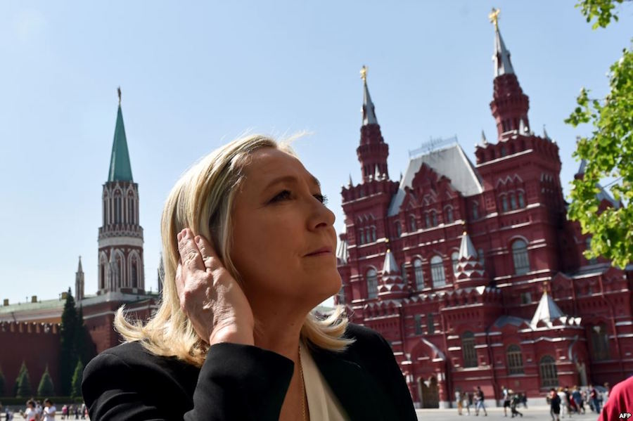 le-pen-in-moscow