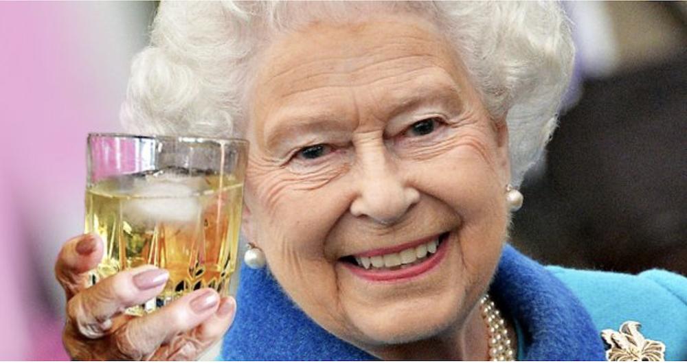 Одно из немногих удовольствий королевы
