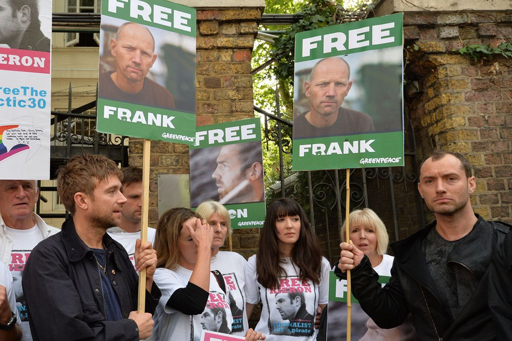 Jude-Law-and-Damon-Albarn-attend-the-Free-The-Arctic-30-Greenpeace-demo-outside-the-Russian-embassy-in-London-2341153