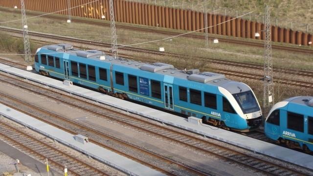 06_Arriva_Train_Exterior.jpg