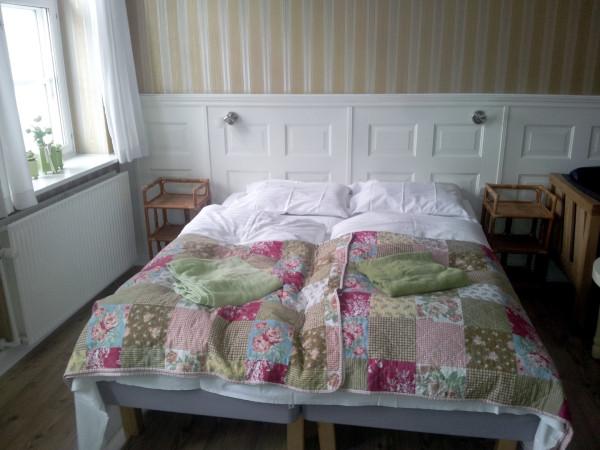 15_Hotel_Oasen_Room_2.jpg