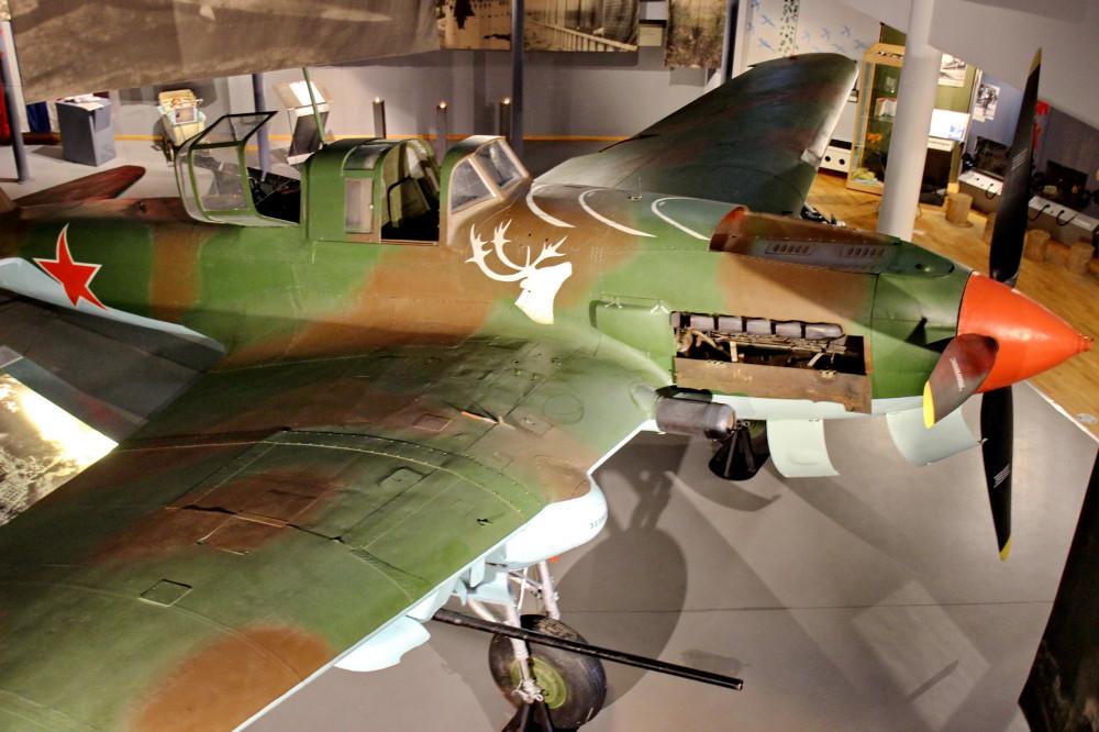 Ил-2 с оленем на борту самолёты,авиация,Мурманская область